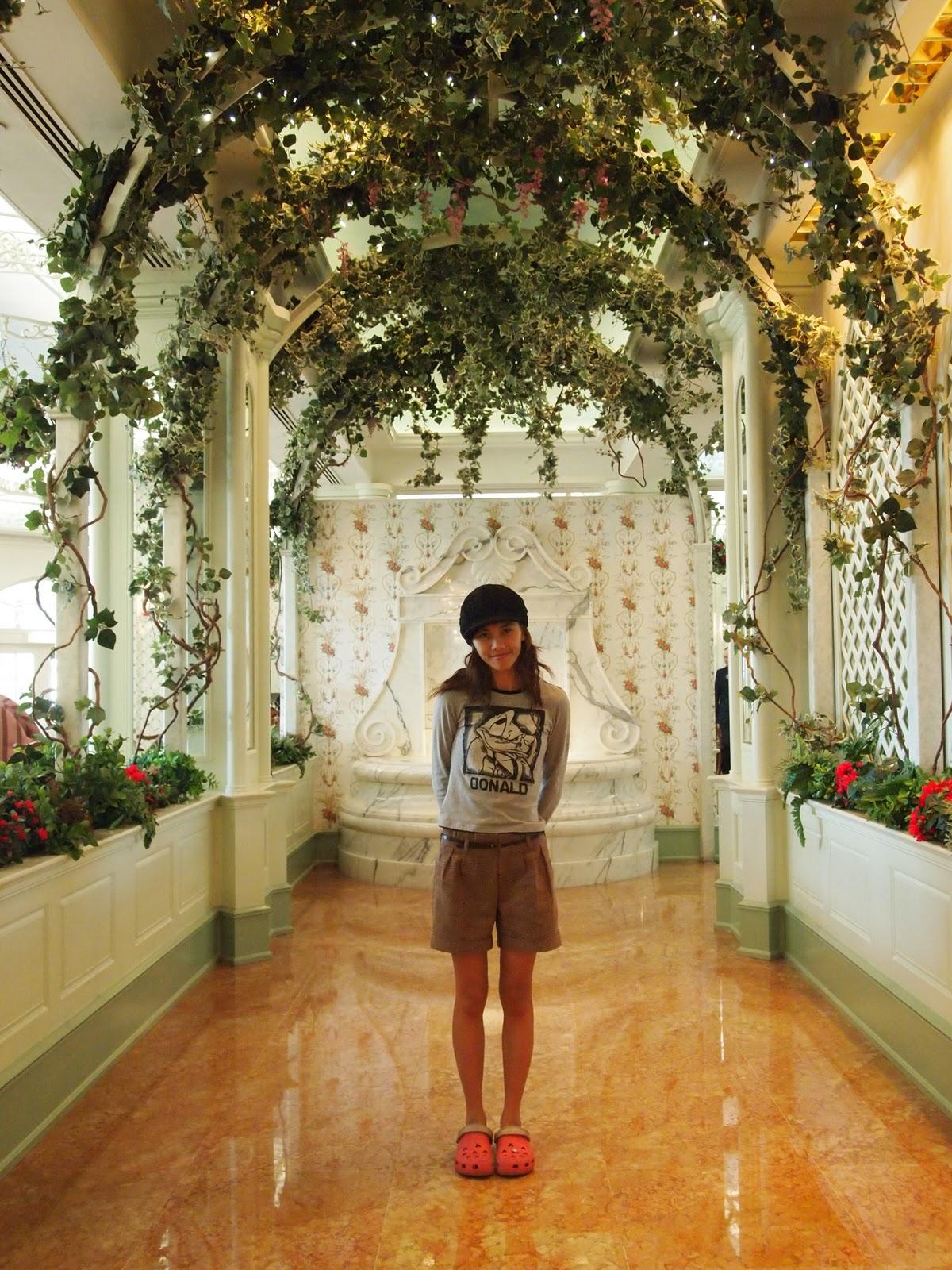 Enchanted Garden: Enchanted Garden, Hong Kong Disneyland Hotel.