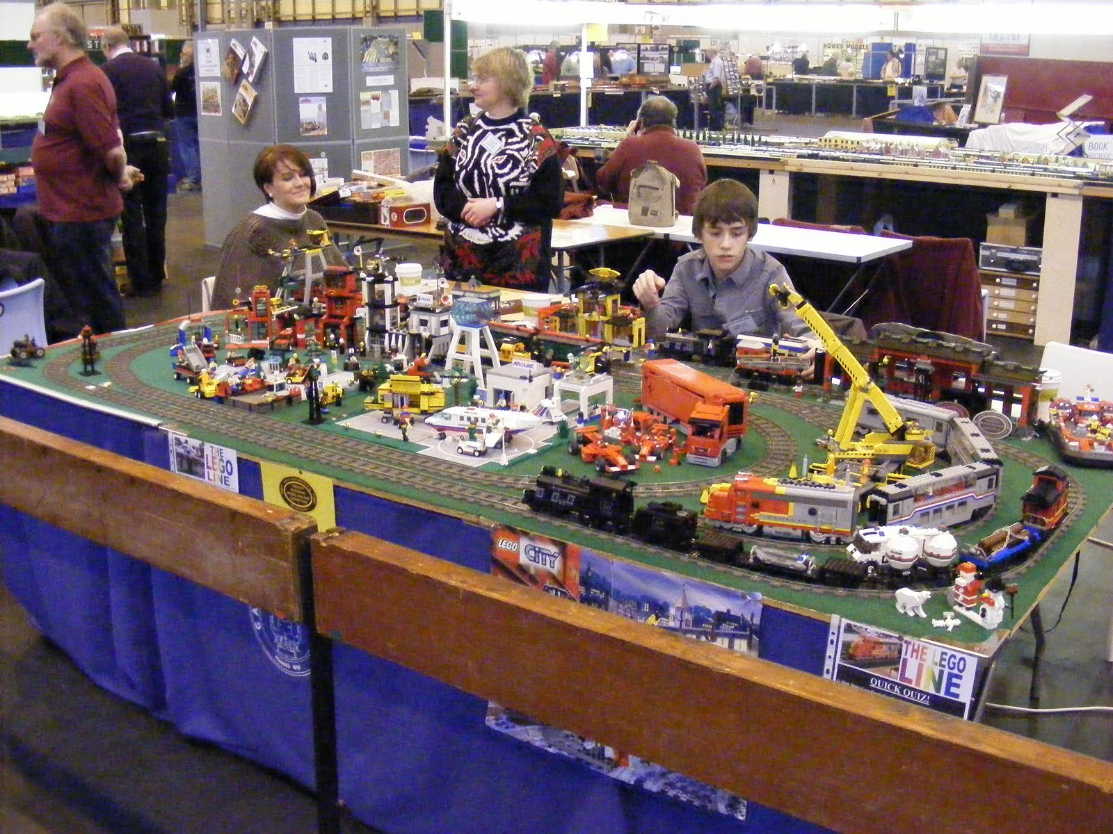 sam\u0027s world lego railway at the warley national model railwaythis weekend we exhibited at the 2010 warley national model railway exhibition,