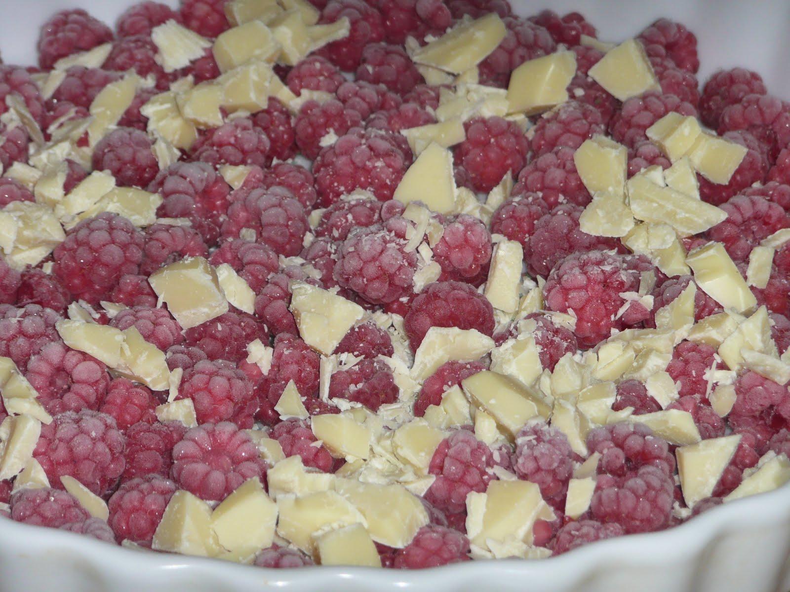 rabarber och hallonpaj med vit choklad