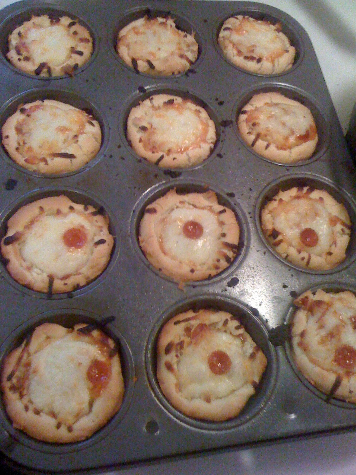the good the bad the family pizza cupcakes