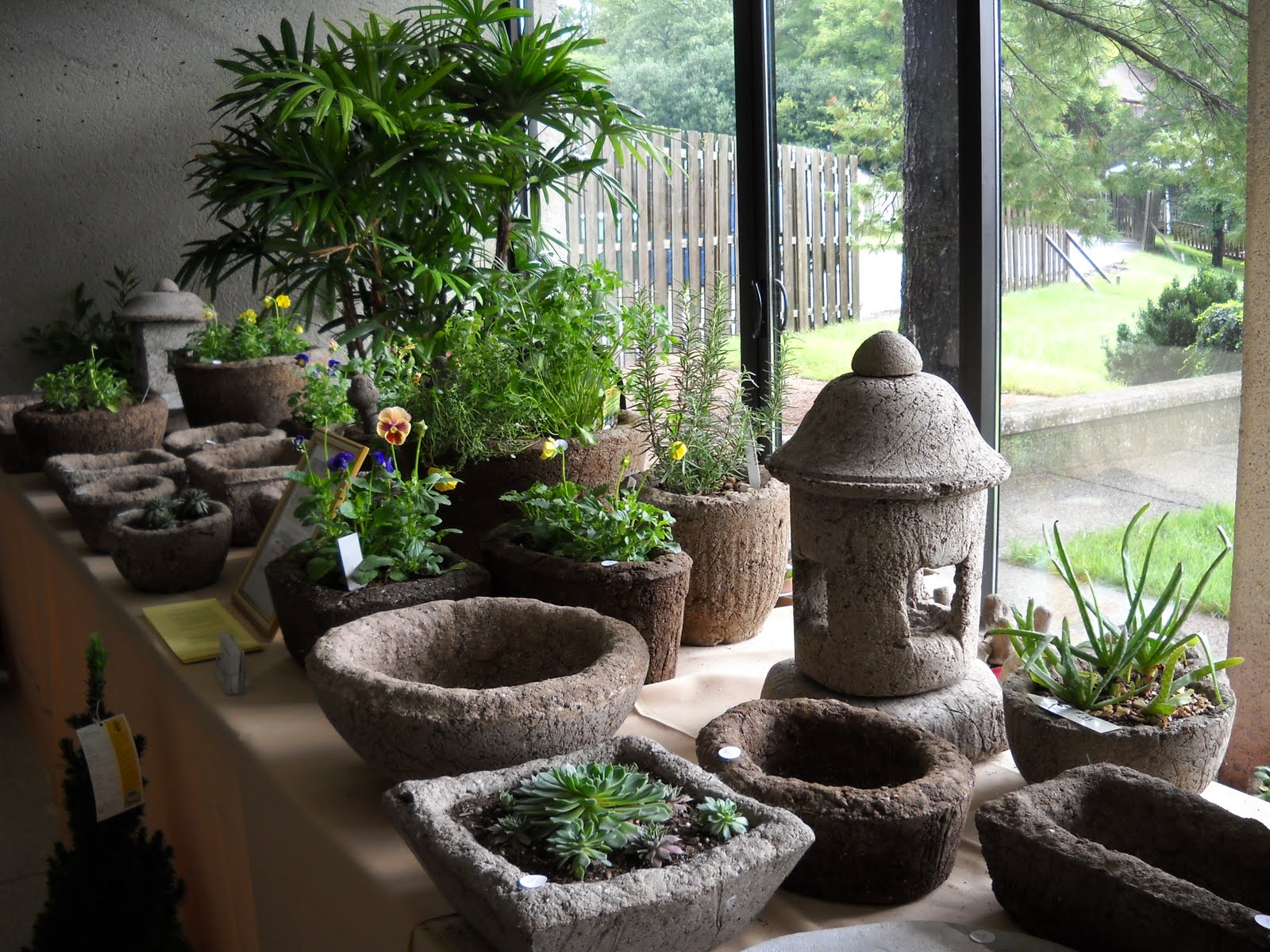 STONE ARTISANS Garden Ornaments And Planters