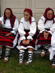costum vechi de sacel