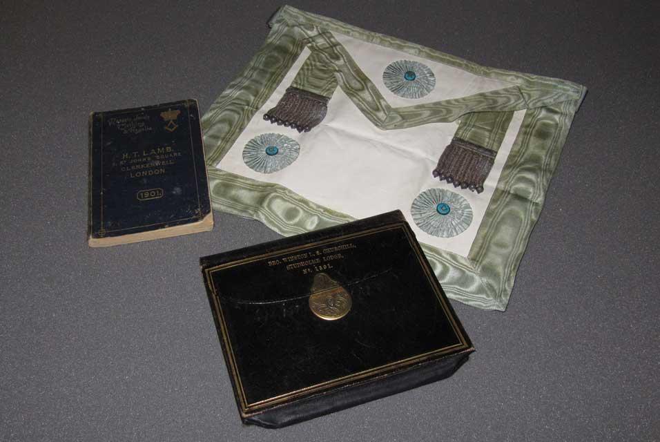 La Casa del Masón: Sir Winston Churchill's Masonic Apron on View in