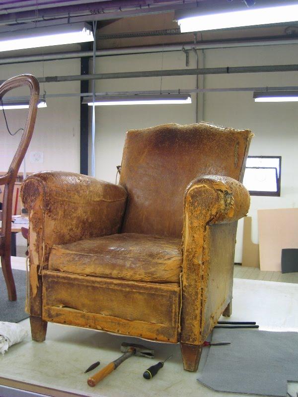 changement de cap refection de deux fauteuils voltaire et d 39 un fauteuil club. Black Bedroom Furniture Sets. Home Design Ideas