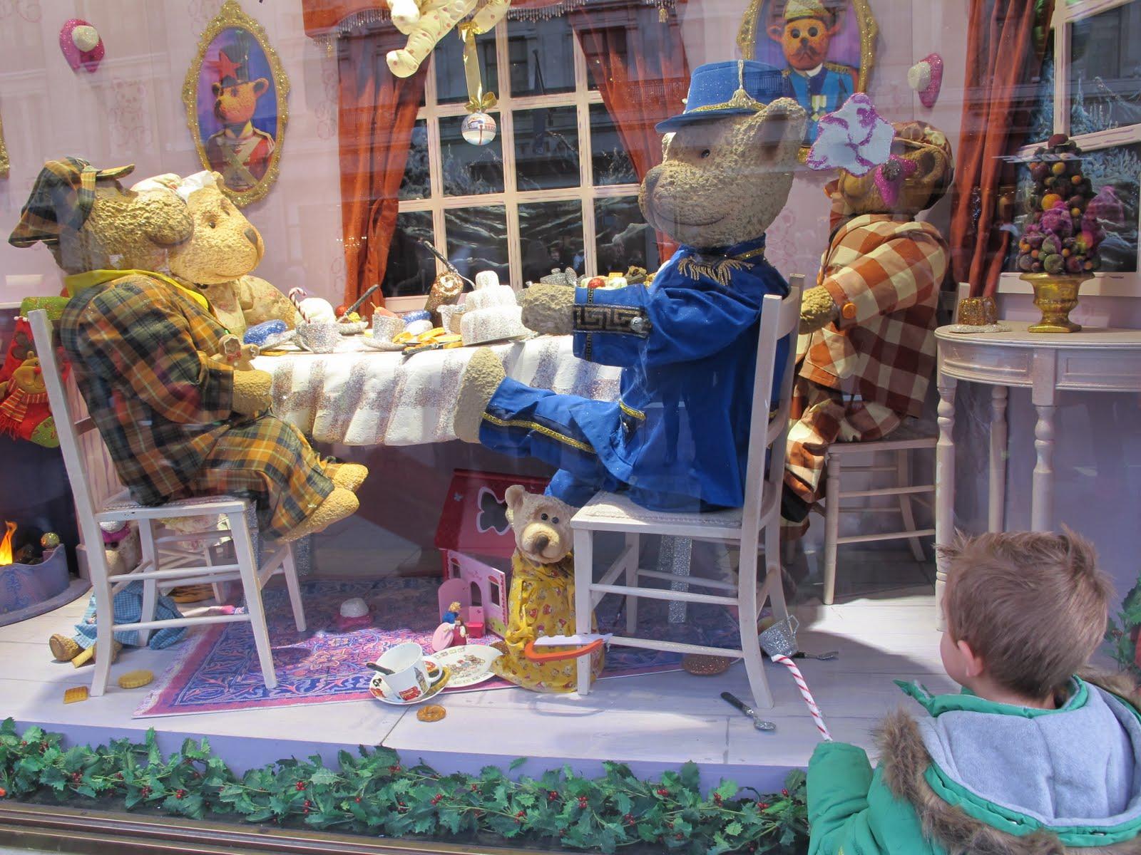 瘋英國: 英國街頭聖誕櫥窗先睹為快