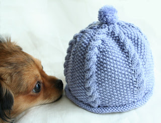 This baby hat pattern has been on my to-do-list for a while now. I love  patterns that need only one ball of nice yarn. I like to use Debbie Bliss  yarns for ... e294648f1d4