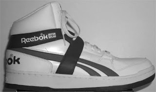 73552f6e211290 ... for executing his neighbor with a pair of Reebok high-tops