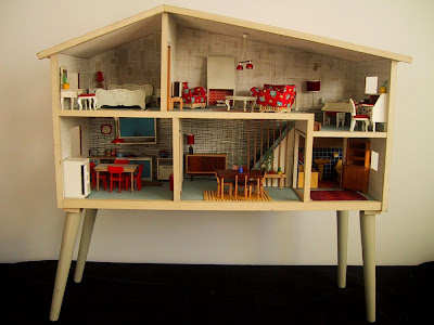 Vintage 1967 Lundby dolls house with legs.