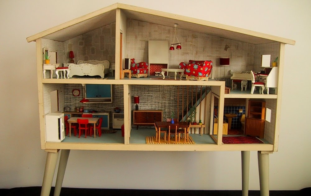 The shopping sherpa modern miniatures on monday parade for Modern house 8 part 3