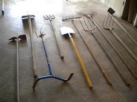 le blog de d d ratelier pour outils de jardin 1i re partie. Black Bedroom Furniture Sets. Home Design Ideas