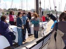 chegada à doca e entrada no barco