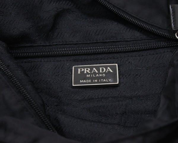 5930a472bdef Original Bundle Brand: ORIGINAL PRADA TOTE BEG Type: TOTE BEG (made in  Italy) Size: lebar 14