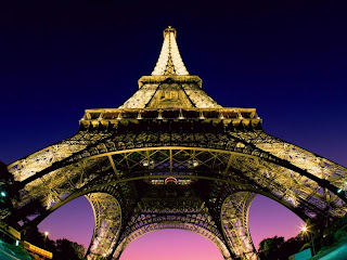 Eiffel Tower at Night wallpaper and photo