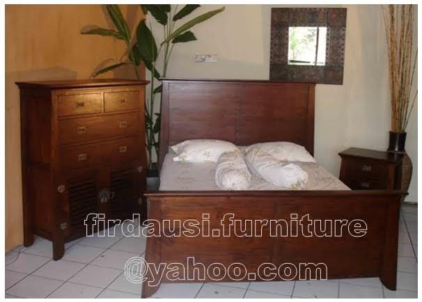 Firdausi Furniture Set Tempat Tidur China