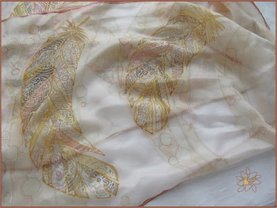 šilko šalikėlis plunksnos, šilko tapyba / silk scarf feathers, silk painting with feathers