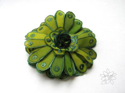 samaninės žalios gėlė, šilko tapyba / forest green silk flower, silk painting