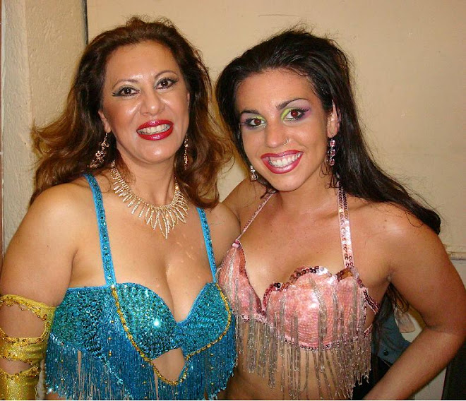 Marta Sonia (Zamira) y Pettite Jamilla de las Belly Dance Superstars