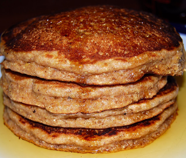 Four-grain pancakes, vegan