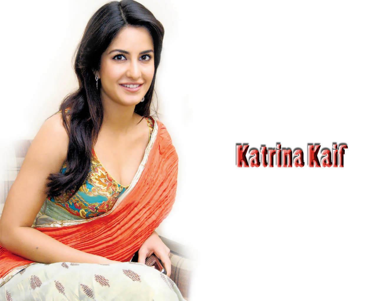 Hot Hot Hot Katrina Kaif Boobs Grab-7798