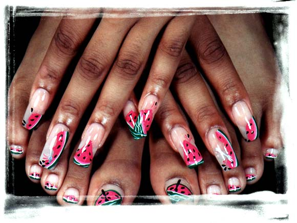 Topnails: Black Woman With Pretty Summer Nail Art Mostly