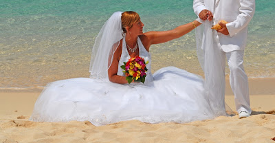A Glorious Wedding on Seven Mile Beach - image 2