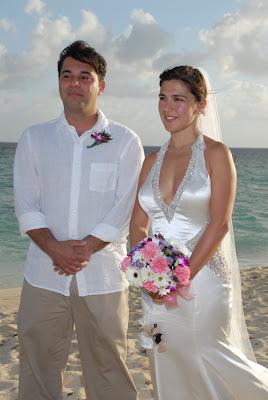 Truly International Wedding in Grand Cayman - image 1