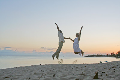 Florida Couple have fun in the sun (and sand)! - image 6