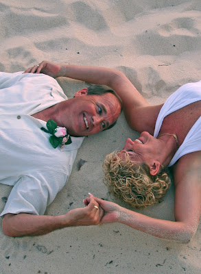 Florida Couple have fun in the sun (and sand)! - image 1
