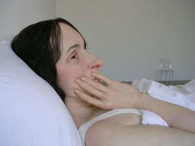 http://bp1.blogger.com/_Z8mwJp4iSOo/R8ZL2c84J0I/AAAAAAAAFhw/BBcDoeK5wLc/s400/in+bed2.jpg