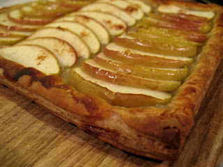 Puff+Pastry+-+Apple+Tart.JPG