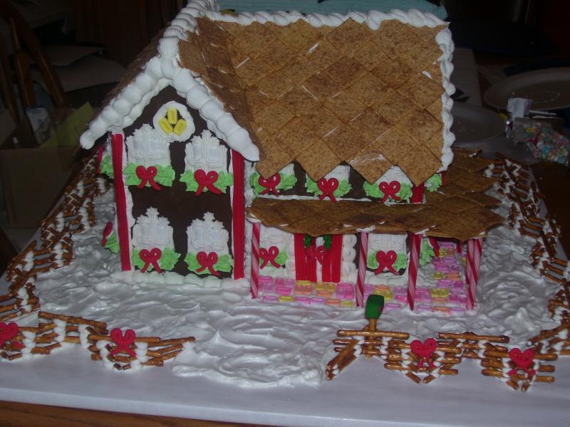[Gingerbread+Houses+005.jpg]