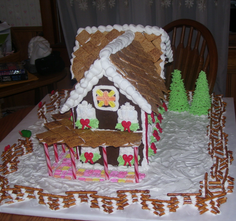 [Gingerbread+Houses+004.jpg]