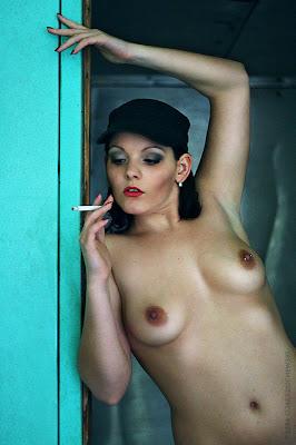 Mae Whitman Nude