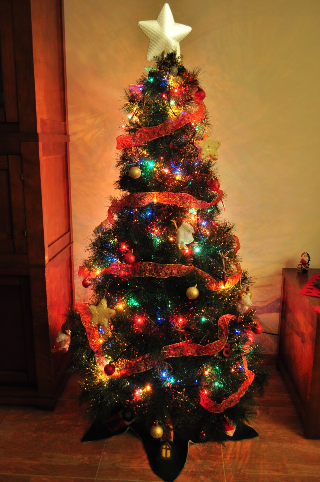 Olor a jazm n navidad 2010 iluminaci n de m laga - Luces arbol de navidad ...