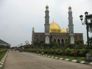 masjid kubah emas depok