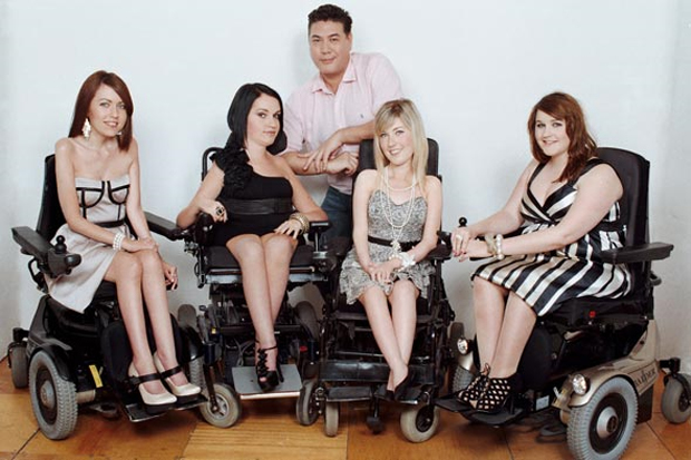 Resultado de imagem para Modelos cadeirantes desfilam em Londres. Foto: Divulgação / HAFAD