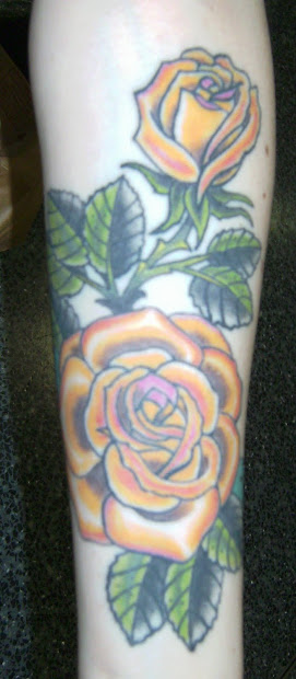 20 Yellow Rose Tattoos For Grandma Ideas And Designs