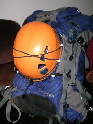 portacasco mochila