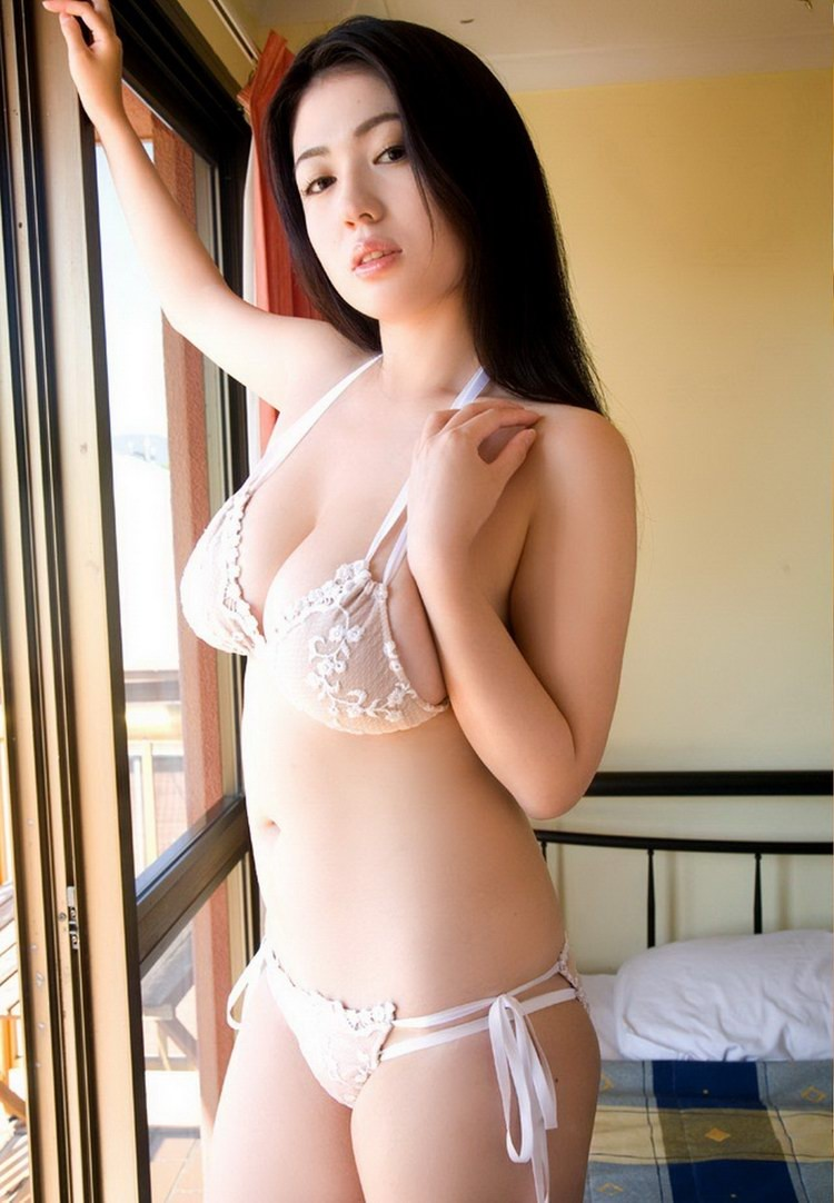 Nude Exotic Asian Babes