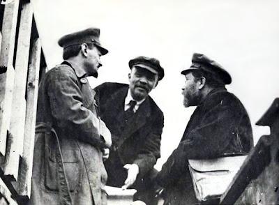 Political Chess - Alekhine vrs Trotsky - Apocryphal Account