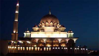 Putrajaya Mosque Kuala Lumpur Malaysia