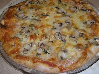 PIZZA (Saskia) Pizzachampis