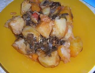 Estofado de patatas, champiñones y algas (Saskia) Patatas+estofadas