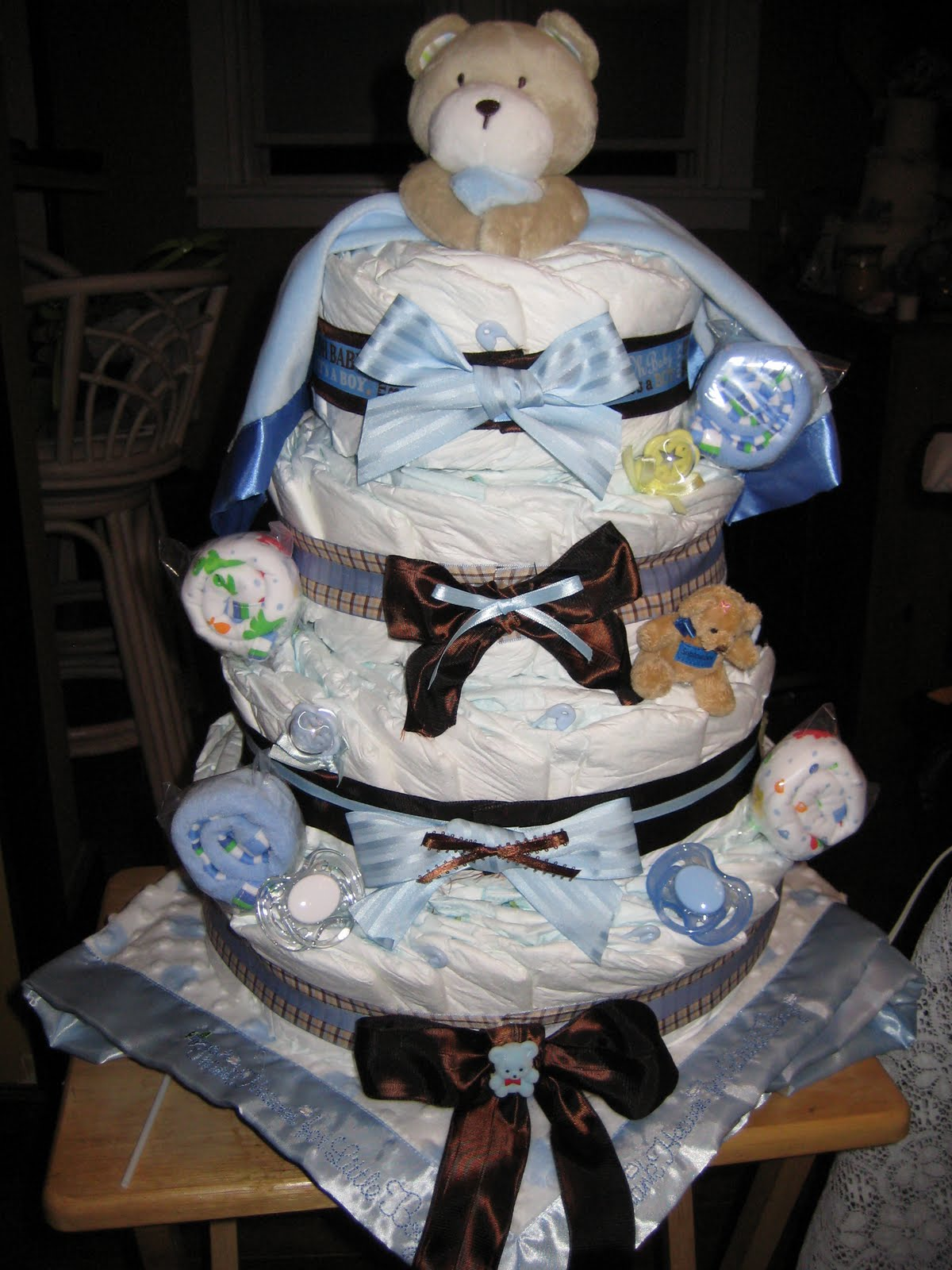 Diaper Cakes A Practical Gift For Any Expectant Parents