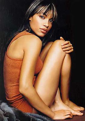 Attractive Rosario Dawson Alxander Nude Pics Photos