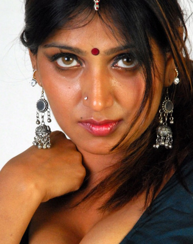 South indian hot actress Bhuvaneswari photoshoot
