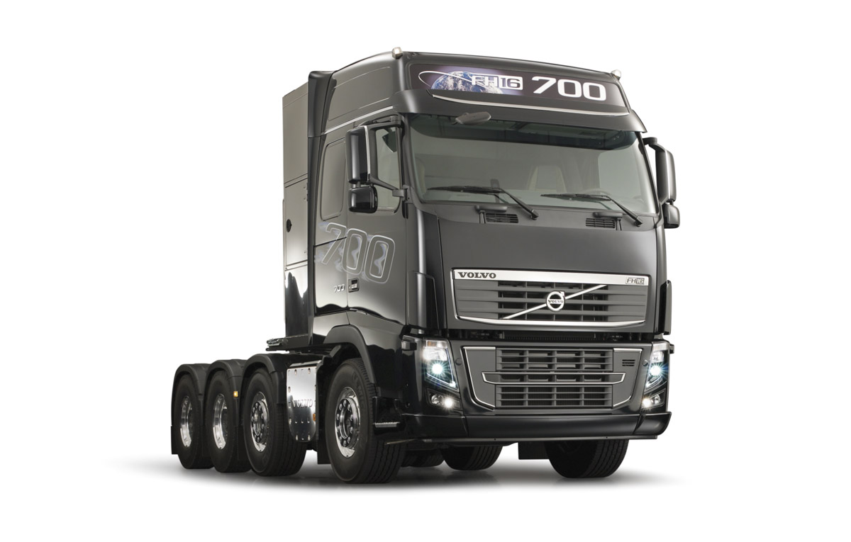 big trucks volvo fh16 700 the most powerful truck ever created. Black Bedroom Furniture Sets. Home Design Ideas