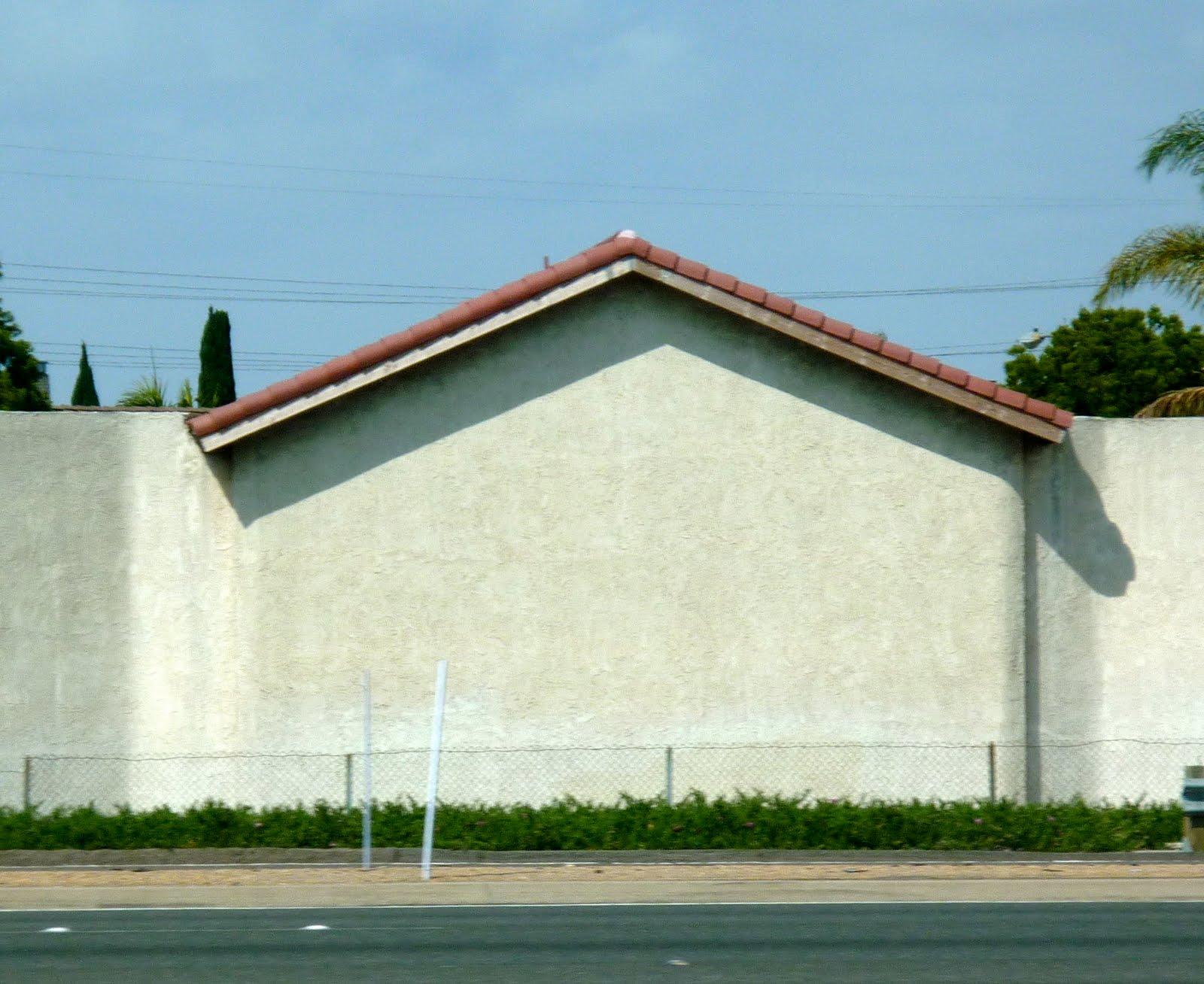 Green Laker: California Curiosity - Houses & Noise Barrier Combo