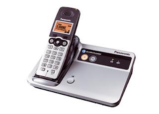 Informador digital telefonos hibridos de panasonic globarange for Telefono bb