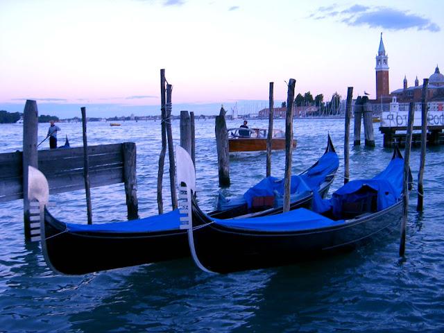 Italia. Italy. Italie. Veneto. Vénétie. Venecia. Venezia. Venise. Venice. Gran Canal. Canal Grande. Canalasso. Góndolas